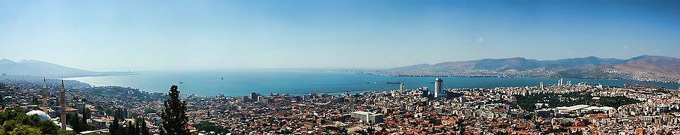 Izmir panorama from Kadifekale