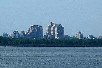 Beacon, Jersey City - From the harbor