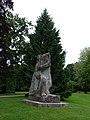 Jakob Probst (1880–1966), Hodler-Krieger oder Marignano-Krieger, 1944-1945, Soldatendenkmal. 1955 eingeweiht durch General Guisan, Stadtpark Olten (1).jpg