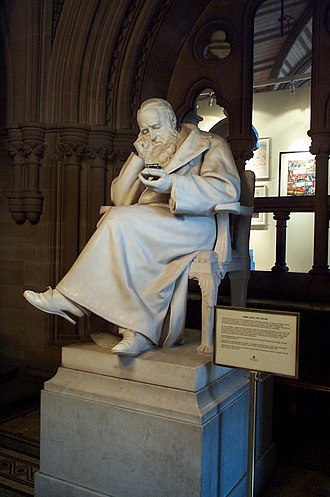 James Prescott Joule - A statue of Joule in the Manchester Town Hall