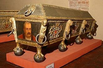 Łodzia coat of arms - Image: Jan Karol Opalinski sarcophagus