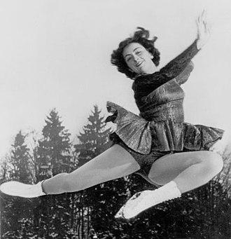 Jeannette Altwegg - Altwegg in 1951.jpg
