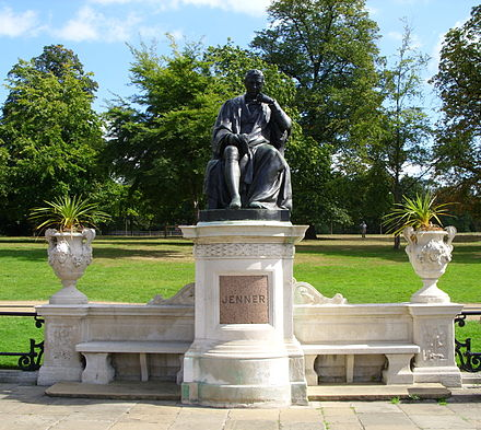 Bronze statue of Jenner in Kensington Gardens, London Jenner statue, Kensington Gdns.JPG