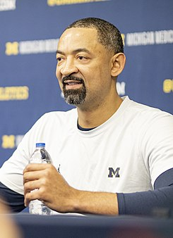Juwan Howard Michigan (cropped).jpg