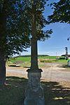 Kříž u silnice poblíž zemědělského družstva, Hluchov, okres Prostějov.jpg