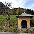 Kaltenhausen Wegkapelle Hofbräu 8075.jpg