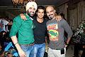 Karanvir Bohra, Raghu Ram at Mika's birthday bash hosted by Kiran Bawa 08.jpg