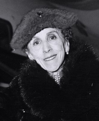 Karen Blixen - Image: Karen Blixen cropped from larger original
