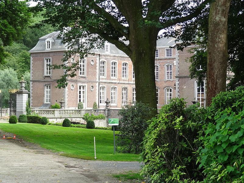 Kasteel de Plotho de Montblanc, de poort van Vlaanderen, thuis van het kasteelbier van brouwer Van Honsebroeck, helaas recent afgesloten voor publiek.