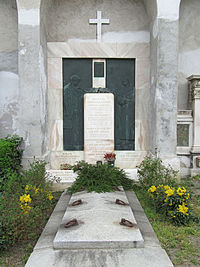 Kielmansegg grave, Vienna, 2016.jpg