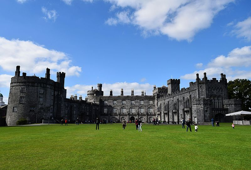 File:Kilkenny Castle 26-09-2015.JPG