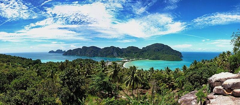 File:Koh PhiPhi Panorama.jpg