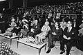 Koningin Beatrix, prins Claus, prinses Juliana en prins Bernhard wonen het Inter, Bestanddeelnr 930-8661.jpg