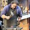 Kovář při práci (Velikonoční trhy na Václavském náměstí) 055.jpg