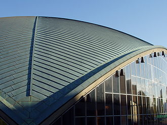 Kresge Auditorium - Roof detail and glass curtain wall