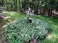 La Famlla by MIke Roig Art in the Garden Hillsborough NC 3658 (35336292743).jpg