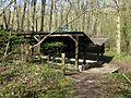La Neuville-en-Hez (60), lavoir en lisière de la forêt de Hez-Froidmont 6.jpg