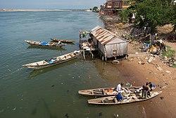 Lagoon in Cotonou01.jpg