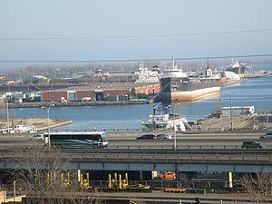Lake freighter Quebecois, Toronto, 2012 03 21 -z.jpg