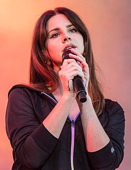 Lana Del Rey at KROQ Weenie Roast 2017