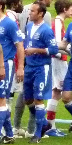 Landon Donovan - Donovan before his Everton debut against Arsenal.