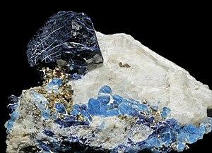 Lazulite - Image: Lazurite, afghanite et pyrite sur calcite (Sar e Sang, Koksha Valley, Badakshan Afghanistan)