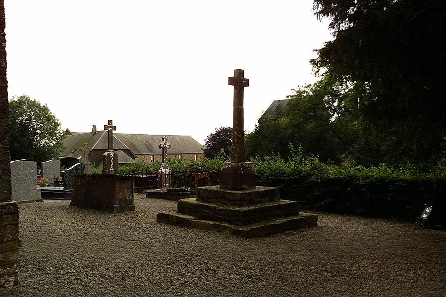 Le cimetière du Mesnil-Amey]