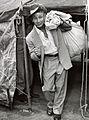 Lew Hoad Army 1954.jpg