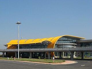 Lien Khuong Airport airport