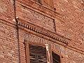 Linteau en brique (maison de la rue Pont-del-Pa).jpg