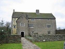 Llancaiach Fawr Manor in 2003.JPG