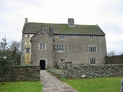 How to get to Llancaiach Fawr Manor in Caerphilly by Bus or