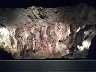 Cueva de Llonín