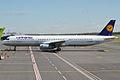 Lufthansa, D-AIRH, Airbus A321-131 (18280268798).jpg
