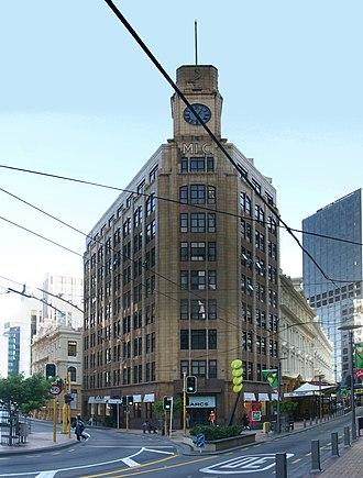 Lambton Quay - Image: MLC Building 01