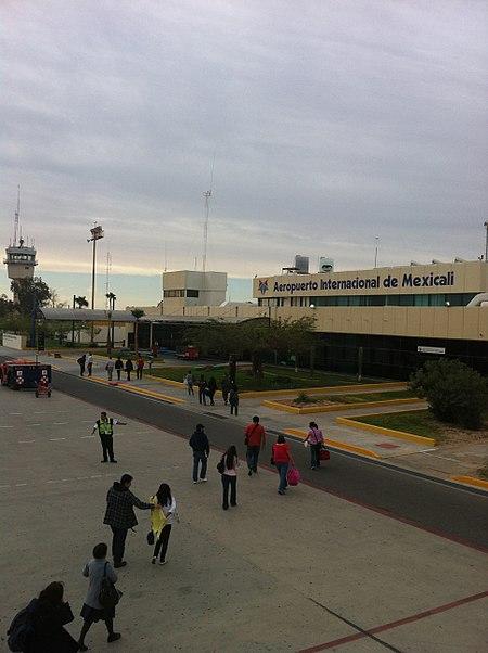 Lapangan Terbang Gen Rodolfo Sanchez Taboada