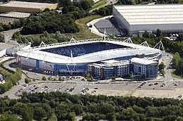 Madejski Stadium aerial, August 2014 (cropped).jpg