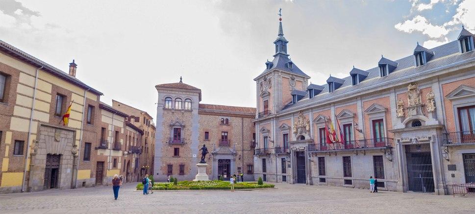 Madrid-Plaza-de-la-Villa-DavidDaguerro