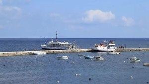 File:Malta - St. Paul's Bay - Dawret il-Gzejjer - Harbour+Keppel 01 (1) ies.webm