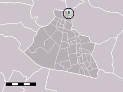 The town centre (dark green) and the statistical district (light green) of West-Knollendam in the municipality of Zaanstad.