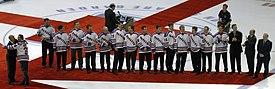 275px-Mark_Messier_Retirement_players1 Mark Messier Edmonton Oilers Mark Messier New York Rangers Vancouver Canucks