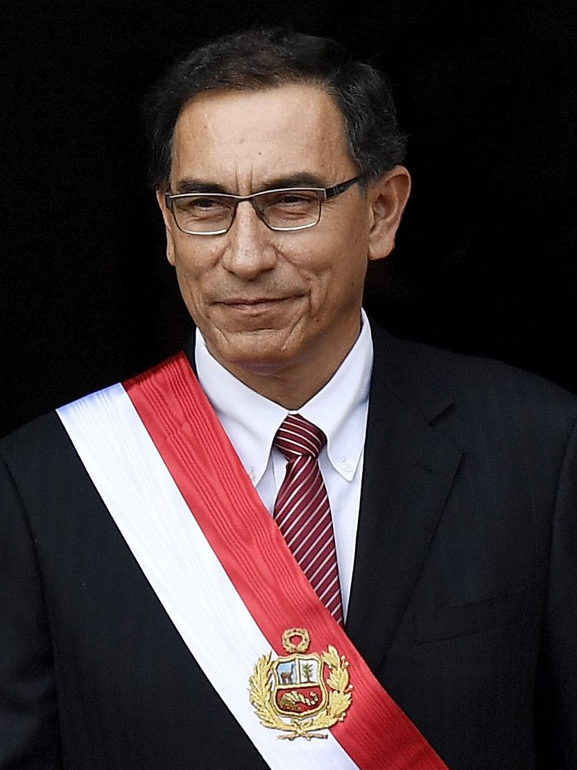 Martín Vizcarra Cornejo (cropped) (cropped)