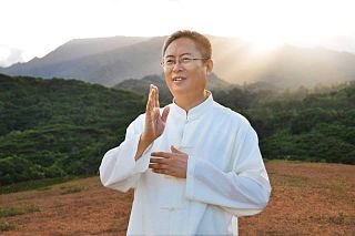 Zhi Gang Sha Chinese faith healer