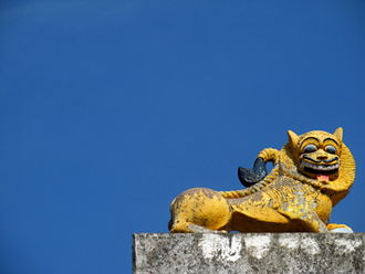 Bobbili - A lion sculpture atop the celebrated Venugopala Swamy temple