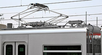 Meitetsu 5000 series (2008) - Lozenge-style pantograph reclaimed from former 1000 series sets