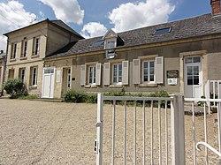 Merlieux-et-Fouquerolles (Aisne) mairie.JPG