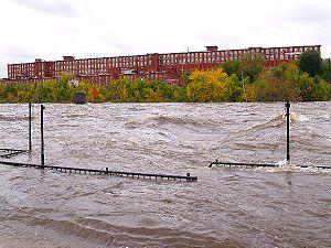 Timeline of Manchester, New Hampshire - Image: Merrimack flood 2005