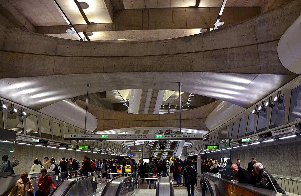 Metro 4, M4, Line 4 (Budapest Metro), Kálvin tér