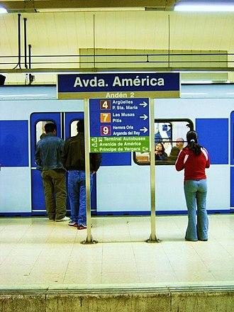 Avenida de América (Madrid Metro) - Line 6 platform, Avenida de América