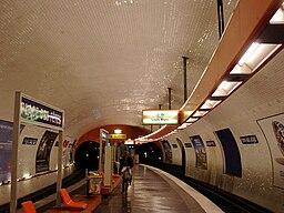 Metro de Paris - Ligne 7bis - Place des Fetes 03